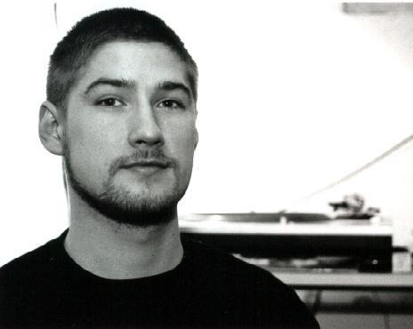 Jesper Dahlbäck @ Music Please (4-5-2005)