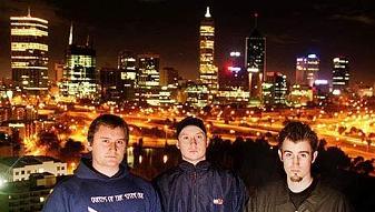 DnB: Pendulum Essential Mix (17/09/2005)